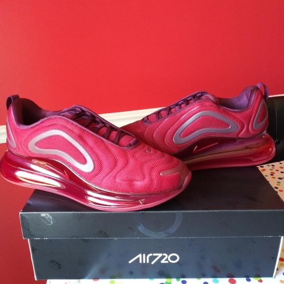 Nike Shoes   Nike Air Max 72 Team Red